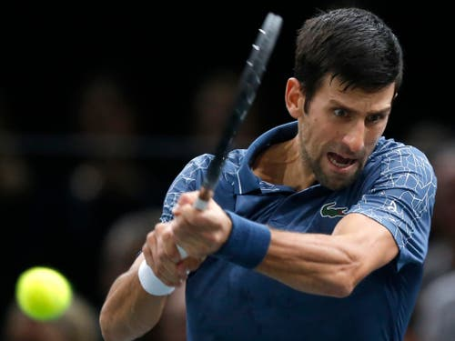 Novak Djokovic könnte mit seinem sechsten Triumph an den ATP Finals mit Roger Federer gleichziehen (Bild: KEYSTONE/AP/MICHEL EULER)