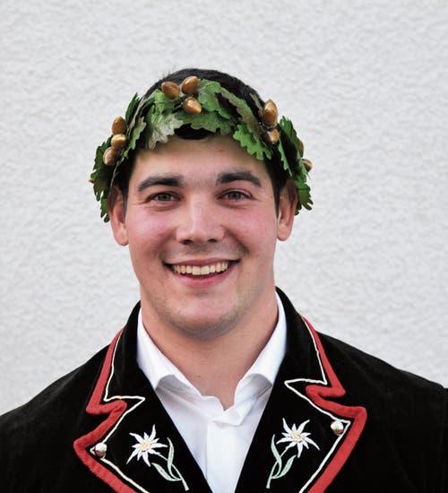 Geschafft: Kjetil Fausch (Schwingklub Wartau) konnte am Thurgauer Kantonalen sein erstes Eichenlaub erschwingen.