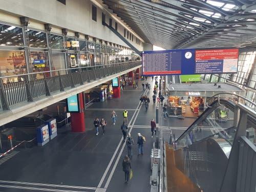 Am Tag der Entgleisung ging im Bahnhof Luzern fast nichts mehr. (Bild: Jakob Ineichen (Luzern, 23. März 2017))