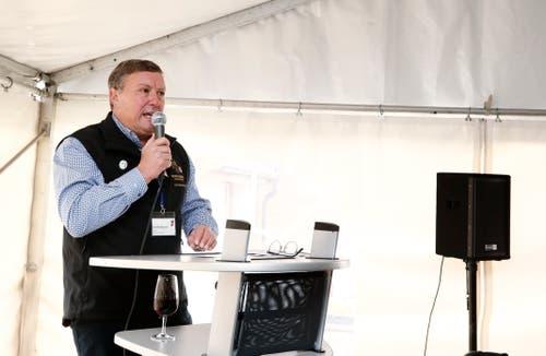 Im Bild: Urs Hürlimann, Regierungsrat und Präsident Morgartenschützenverband bei seiner Ansprache. (Bild: Stefan Kaiser (Zug, 15. November 2018))