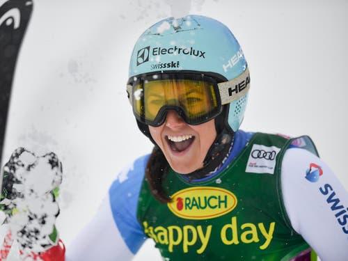So wünscht man sich Wendy Holdener in den Slaloms dieses Winters (Bild: KEYSTONE/GIAN EHRENZELLER)