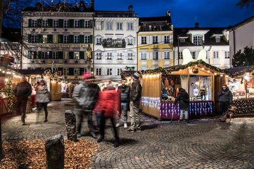 Bereits das 11. Mal findet der Weihnachtsmarkt in der Stadt Luzern statt. (Bild: Nadia Schärli, 1. Dezember 2017)