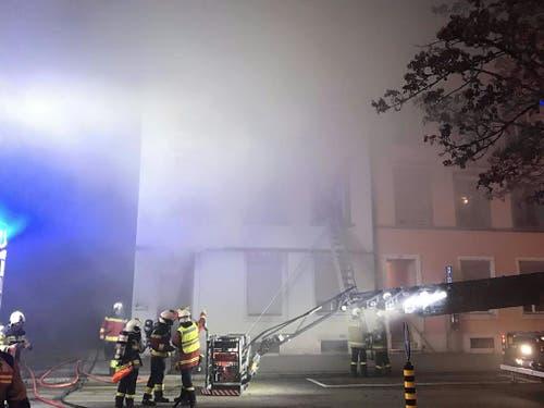 Der Brand sei auch für Rettungskräfte physisch und psychisch sehr belastend, sagte Polizeisprecher Bruno Gribi. (Bild: Handout Kantonspolizei Solothurn)