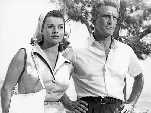 Mit Kirk Douglas in «Der Schatten des Giganten», 1966. (Bild: Getty)