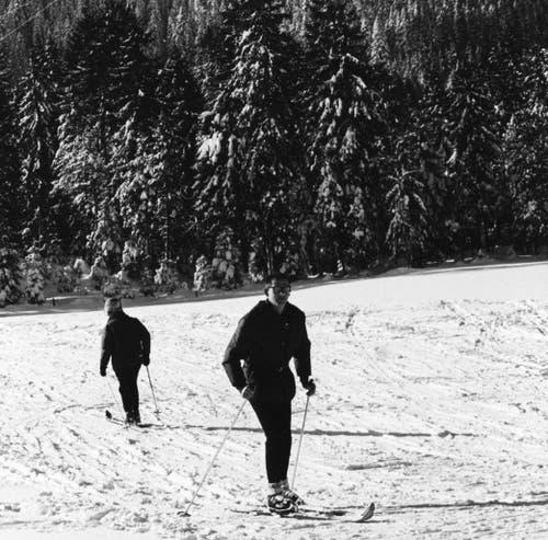Skifahrer auf der Krienseregg. Undatierte Aufnahme. (Bild: Pilatus-Bahnen AG)