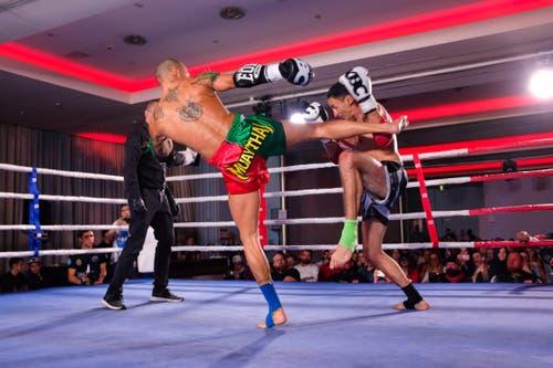 André Ranzenberger TKBC Luzern (rot grün) vs. Iddir Maksoud, Jura Fight Academy (schwarz)