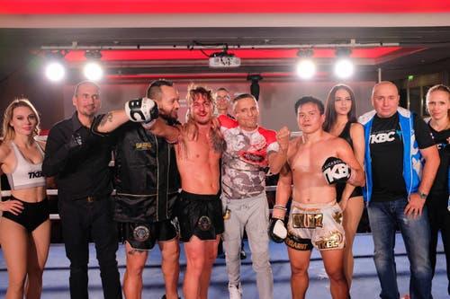 Rit Kaewsamrit, TKBC Luzern (weiss) vs. Alberto Griso, Muay Thai Biella, Italy (schwarz)