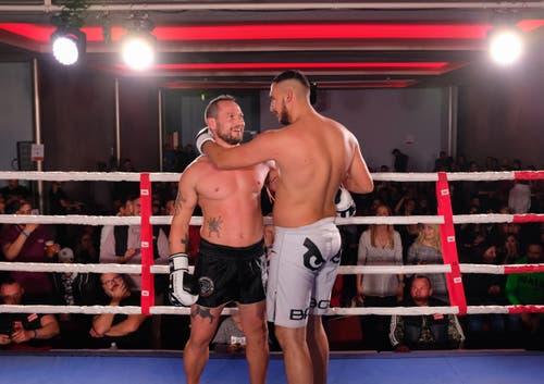 Blendi Ibrahimaj, TKBC Luzern (weiss) vs. Gianluca Crepaldi, Muay Thai Biella, Italy (schwarz)