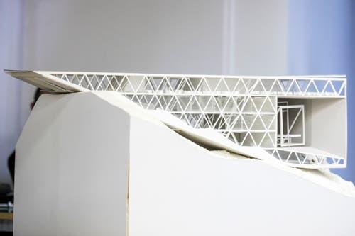 Das Modell der neuen Bergstation. (Bild: Alexandra Wey / Keystone (Engelberg, 5. November 2018))