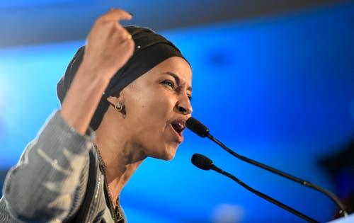 Ilhan Omar ist eine der zwei ersten Muslimas im Kongress. (Bild: AP/Hannah Foslien, St. Paul, 6. November 2018)