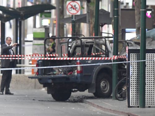 Die beliebte Burke Street in Melbourne wurde nach dem Angriff weiträumig abgeriegelt. (Bild: Keystone/AAP/JAMES ROSS)