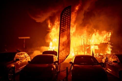 Mehrere Waldbrände in Kalifornien haben Tausende Menschen in die Flucht geschlagen. (AP Photo/Noah Berger)