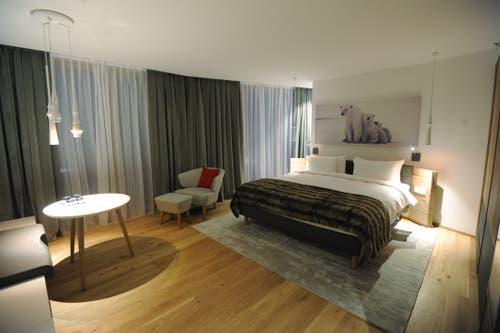 Die Zimmer sind im skandinavischen Stil gehalten. (Bild: Urs Hanhart (Andermatt, 11. Dezember 2018))