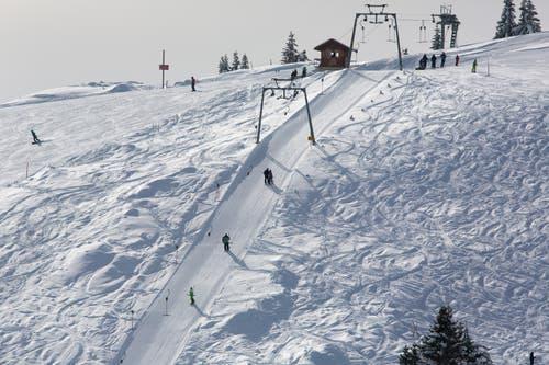 Rigi: Schlittelweg möglicherweise ab Samstag, 15. Dezember 2018, offen. Skipisten noch geschlossen. (Archivbild: Gaetan Bally, Keystone)