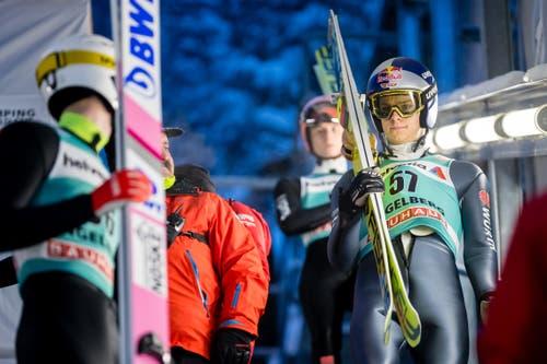 Andreas Wellinger (Deutschland) bei letzten Vorbereitungen vor dem freien Training.