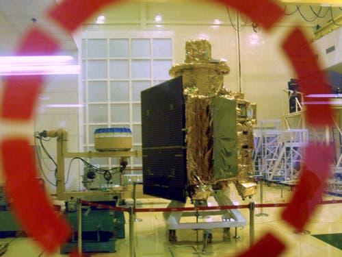 Grosse Ambitionen hat Indien mit seinem Weltraumprogramm: Nach der unbemannten Mondsonde Chandrayaan 1 (im Bild) soll nach dem Willen von Premierminister Narendra Modi bis zum Jahr 2022 «ein Sohn oder eine Tochter Indiens ins All fliegen». (Bild: KEYSTONE/AP)