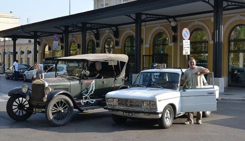 Vor dem historischen Bahnhof in Brindisi. (Bild: PD)
