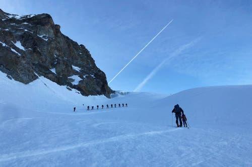 Einer der zahlreichen Aufstiege: Hinauf zum Col de l'Êveque. (Bild: PD/SRF)