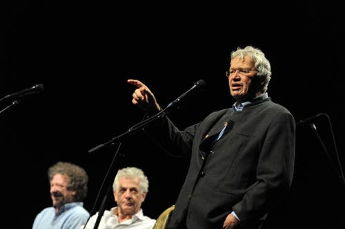 Gerhard Polt und die Well-Brüder bei.
