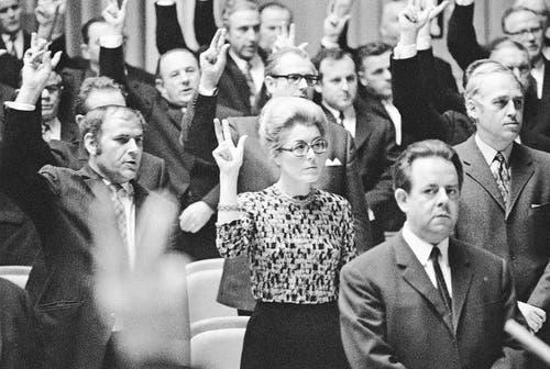 SP-Politikerin Lilian Uchtenhagen sollte die erste Bundesrätin werden. (Bild: Keystone (Bern, 29. November 1971))