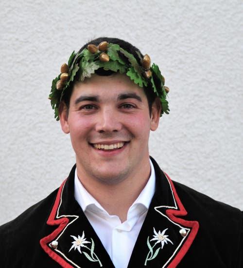 29. April: Kjetil Fausch vom Schwingklub Wartau gelang am Thurgauer Kantonalschwingfest ein Exploit. In Lengwil sicherte er sich seinen ersten Kranzgewinn. Bild: Emil Bürer