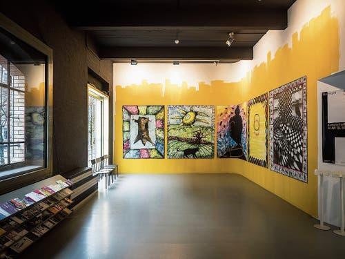 Die düsteren Spraybilder Stefan Inauens in der Kunsthalle St.Gallen schöpfen ihre Motive ebenso aus Subkulturen wie aus der Kunstgeschichte. (Bild: Hanspeter Schiess)