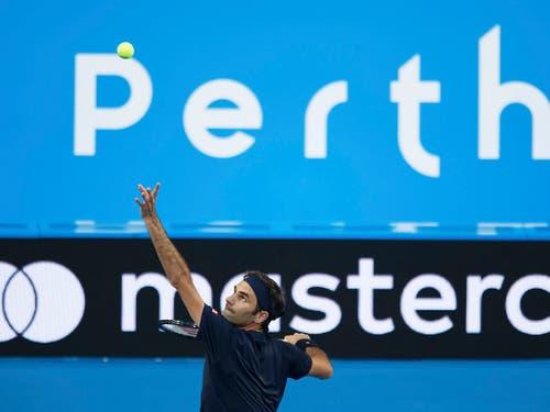 Zum dritten Mal in Folge eröffnet Roger Federer seine Saison an der australischen Westküste und bestreitet mit Belinda Bencic den Hopman Cup (Bild: KEYSTONE/AP/TREVOR COLLENS)