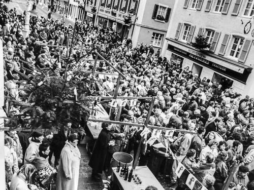 Die Baselbieter Regierung lädt alle Bürgerinnen und Bürger des Laufentals zu einem Neujahrsapéro in Laufen ein. (Achivbild) (Bild: KEYSTONE/MICHAEL WUERTENBERG)
