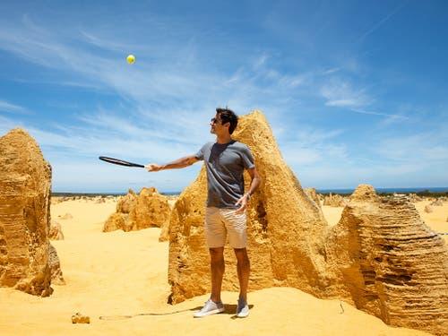 Vor seiner ersten Partie in diesem Jahr in Perth besuchte Roger Federer die Pinnacles nördlich von Perth (Bild: KEYSTONE/EPA AAP/RICHARD WAINWRIGHT)