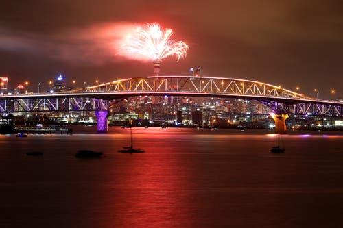 Neuseeland: Ein Feuerwerk in Auckland. (Bild: Phil Walter/Getty)