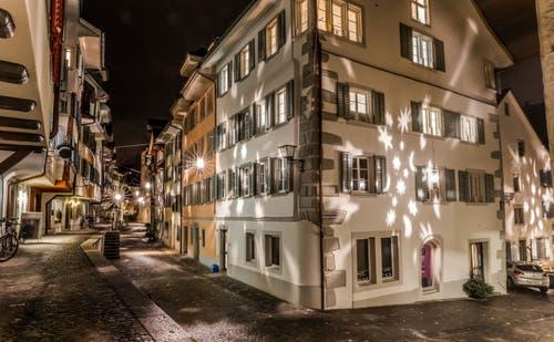 Weihnachtsbeleuchtung Zuger Altstadt. (Bild: Daniel Hegglin (Zug, 3. Dezember 2018))