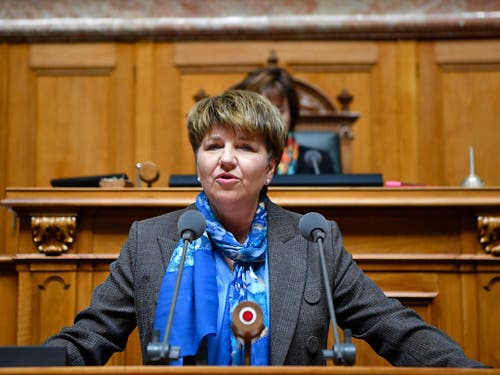 Viola Amherd erklärt Annahme der Wahl. (KEYSTONE/Anthony Anex) (Bild: KEYSTONE/ANTHONY ANEX)