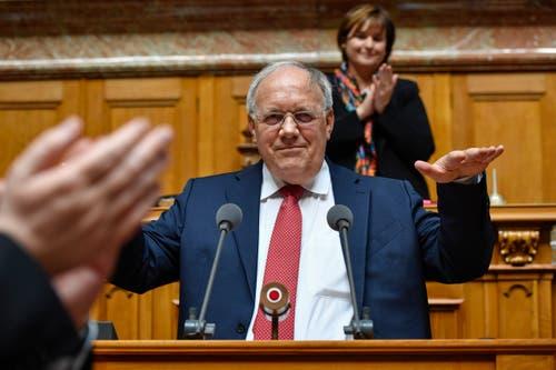 Der abtretende Bundesrat Johann Schneider-Ammann hält seine Abschiedsrede. (Bild: Keystone)