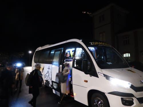 Früh aufstehen: Der Fanbus von Altdorf nach Bern fährt pünktlich um 5.15 Uhr ab. (Bild Florian Arnold)