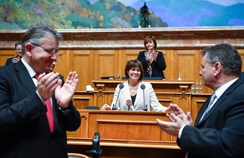 Die abtretende Bundesrätin Doris Leuthard, Mitte, erhält nach ihrer Abschiedsrede viel Applaus. (Bild: Keystone)