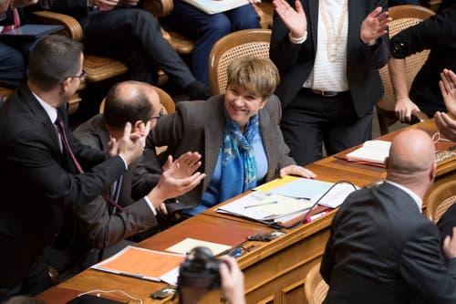 Viola Amherd im Moment ihrer Wahl zur Bundesrätin im ersten Wahlgang. (Bild: Keystone)