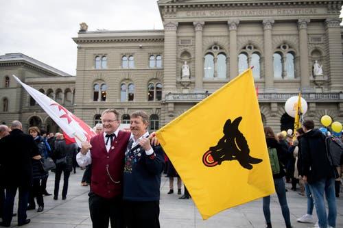 Bundesratswahlen Bern. Die Urner auf dem Bundesplatz. Bild: Corinne Glanzmann (Bern, 05. Dezember 2018)