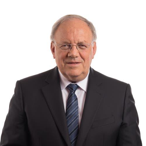 Johann Schneider-Ammann, FDPDas Verhältnis des Wirtschaftsministers zum Rahmenabkommen ist kompliziert. Er hat vergeblich versucht, mit den Sozialpartnern eine Lösung beim Lohnschutz zu finden. Der Freisinnige hat Vorbehalte gegen das Abkommen. Gleichzeitig weiss er, dass die Schweiz auf gute Beziehungen zur EU angewiesen ist. Zum Abschied sagte er: «Aufschieben mag kurzfristig einfacher sein als Handeln. Aber nur wer handelt, kommt nicht zu spät ans Ziel.»