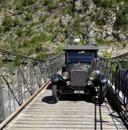 Die Reise in die Vergangenheit führte auch über Brücken und Wege abseits des grossen Verkehrs. (Bild: PD)
