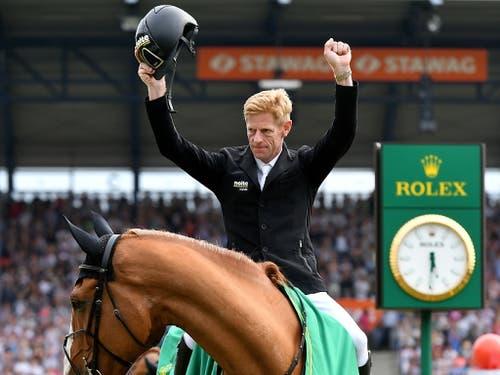 Der Sieger Marcus Ehning hatte bereits in Aachen gejubelt. (Bild: KEYSTONE/EPA/SASCHA STEINBACH)