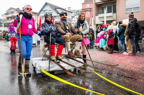 Familie Krütli mit dem Motto «Krütlis Winterolympiade» (Bild: Philipp Schmidli)
