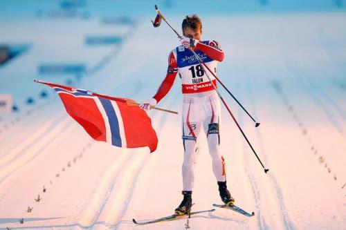Petter Northug gewinnt an den Ski-WM in Falun über 50 Kilometer die vierte Goldmedaille. (Bild: Keystone / Peter Klaunzer)