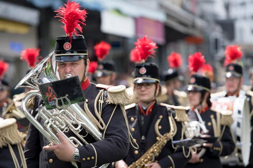 La Fanfare de Romont bei ihrer Parade. (Bild: LAURENT GILLIERON)