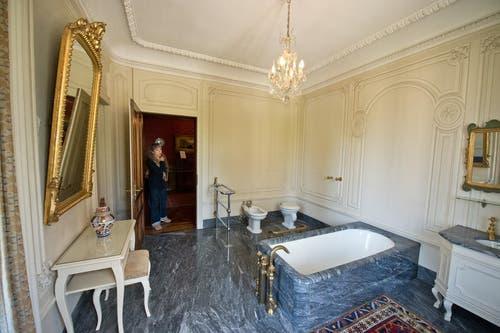 Eines der wunderschön renovierten Badezimmer. (Bild: Dominik Wunderli / Neue LZ)
