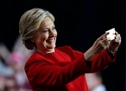 Wird Hillary Clinton die erste amerikanische Präsidentin? (Bild: Keystone)