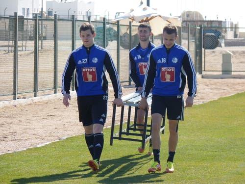 Die drei 17-Jährigen des FC Luzern (von links): Nico Samson, Edmond Selmani und Nedim Sacirovic. (Bild: Stefan Bucher / FC Luzern)