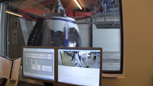 Die ganze Seilbahnanlage ist permanent videoüberwacht. (Bild: Videostill René Meier / luzernerzeitung.ch)