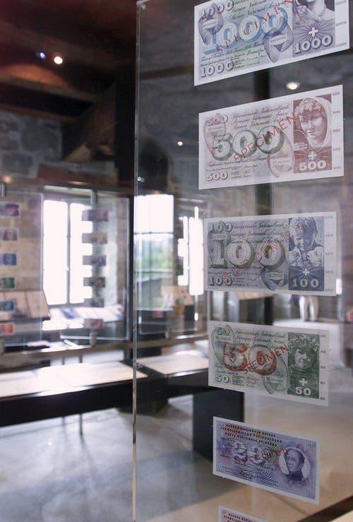 Weckt bei älteren Generationen Erinnerungen: eine ältere Banknotenserie. (Bild: Keystone / Yoshiko Kusano)