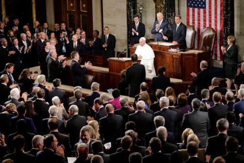 24. September: Als erster Papst spricht Franziskus vor dem vereinigten US-Kongress im Capitol in Washington. (Bild: AP Photo/Pablo Martinez Monsivais)
