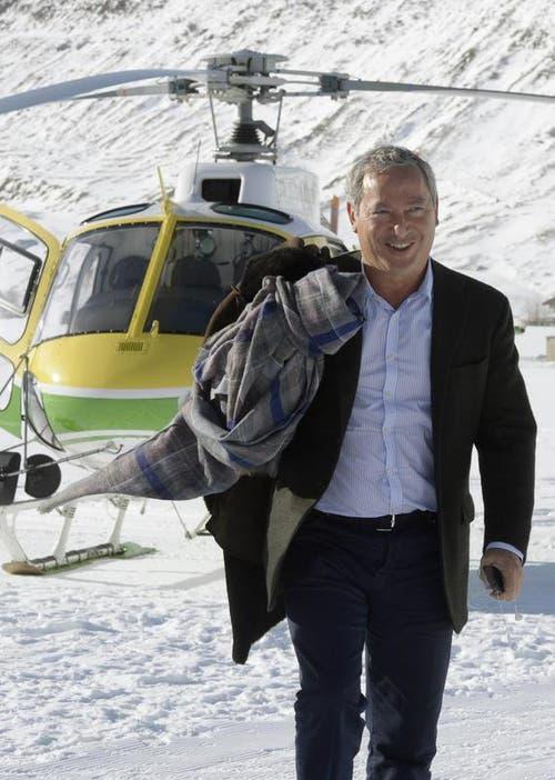 Der ägypische Investor Samih Sawiris trifft zur Eröffnung des Hotels «Chedi» in Andermatt ein. (Bild: Keystone)